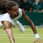 Dustin Brown, you outrageous beauty.For those who had forgotten, thats the way grass court tennis used to be played http://t.co/Yx4fRoS9qe
