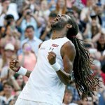 Nadal sólo pudo hacerle un set al número 102 del tenis mundial http://t.co/0OeSND4xL8 #Wimbledon2015 http://t.co/waSGFaNycp