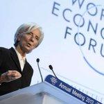 """El FMI dice que la deuda griega es """"insostenible"""" y apunta a la necesidad de una quita ► http://t.co/3aZ0SgDWP9 http://t.co/MIB0EEqwcH"""