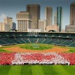Winnipeg Takes Back Title for Largest 'Living Flag' http://t.co/CiHOaA4tog @DowntownWpgBIZ @DanHarperPhoto http://t.co/4egFLJ18VL