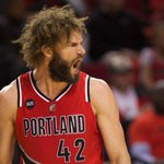 Both Knicks and Lakers in consideration for Robin Lopez http://t.co/1cXBXycMlz http://t.co/X8bGqiexxA