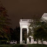 White House fence jumper is sentenced to time served and a year of supervised release http://t.co/O0g2KXwYYg http://t.co/hp0Ps7IWPg