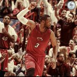 Dwyane Wade has re-signed with the Heat on a 1 year, $20 million deal http://t.co/dsv9Q6Up6Q