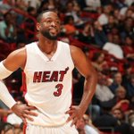Dwyane Wade reportedly agrees to a 1-year, $20M deal with the Heat, according to @AP http://t.co/xjk1OHqAFo