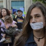 "Federación Internacional #Periodistas ""La #LeyMordaza busca censurar la cobertura d protestas"" http://t.co/rLUn74AS3M http://t.co/M95ImHipq0"