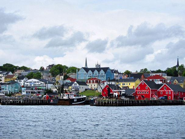25 Reasons Why You Should Absolutely Visit The Maritimes This Summer. http://t.co/U3Y3ZZ2EGH http://t.co/8LUyVVmtWd