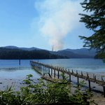 0.5 hectare wildfire burning near #Sechelt. 2 initial attack crews w/ 6 firefighters & 2 helicopters responding. http://t.co/QoIbfoYwYJ