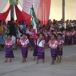 Uniforme escolar en primaria de #Oaxaca cc @dhielvimar @viole0204 @silvana4747 @karyfelix_ http://t.co/TCn9ZwlHaU