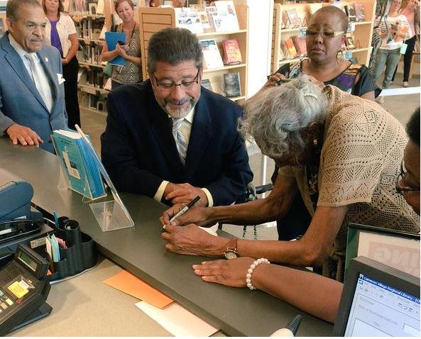 In 1942, she was denied a book at N.C. library because she's black. She finally got her wish http://t.co/3Vjrfk2qSU http://t.co/AQuEJjSW17