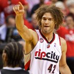 Robin Lopez Commits To Knicks, As Long As DeAndre Jordan Doesnt Join New York - http://t.co/pCdV8Pg5T9 http://t.co/RwjVZmuvhM