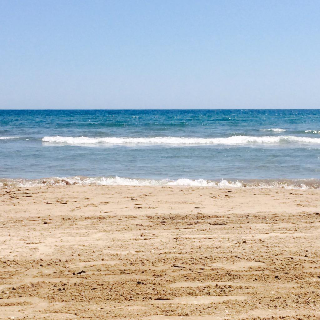 El mar para todo el bien. Hoy comienza la temporada estival y yo lo celebro con estas vistas desde @Oasis_Cullera