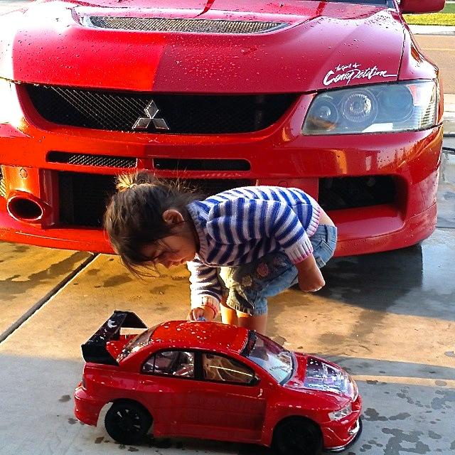 Starting 'em young. #HappyFathersDay from your Mitsubishi Family! http://t.co/zBBTEtXAiE