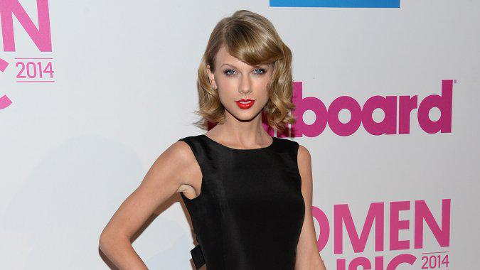 "Apple's Eddy Cue: I Called @TaylorSwift13 Today, ""We Needed to Make a Change"""