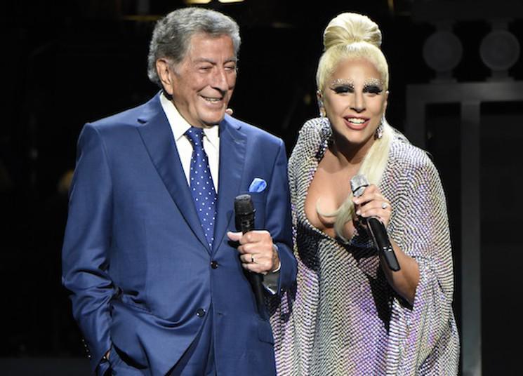 Tony Bennett and Lady Gaga Breathe New Life into Old New York at Radio City Music Hall http://t.co/6BN4vOdfKX http://t.co/ErhA3v18KA