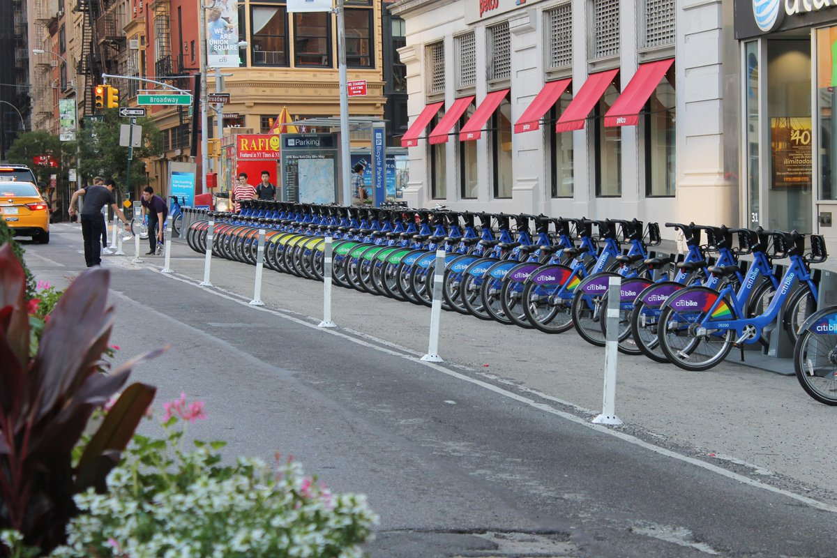 Just in time for #NYCPride, check out these bright beauties in a bike lane near you! Thanks @Citi! #ridewithpride http://t.co/gmkvpassbr