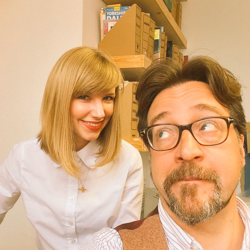 Y'know, if @taylorswift13 ever needed a celebrity decoy, she could do a lot worse than my mate @Fiona28 :) http://t.co/0qLSHYbXXP