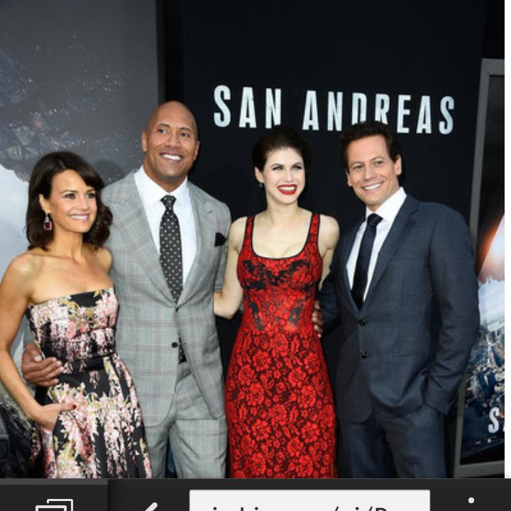 Hey @ioangruffudd good job on #SanAndreas movie my friend. I hear @TheRock is nice to work with? http://t.co/AFL8J1mV2H