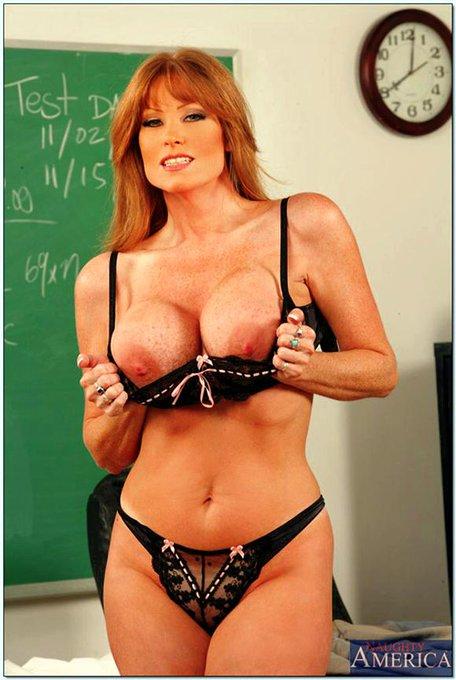 Happy #TittyTuesday! #DarlaCrane  #NaughtyAmerica  #PornDotCom  #SweetheartVideo  #Bewbs  #Lingerie