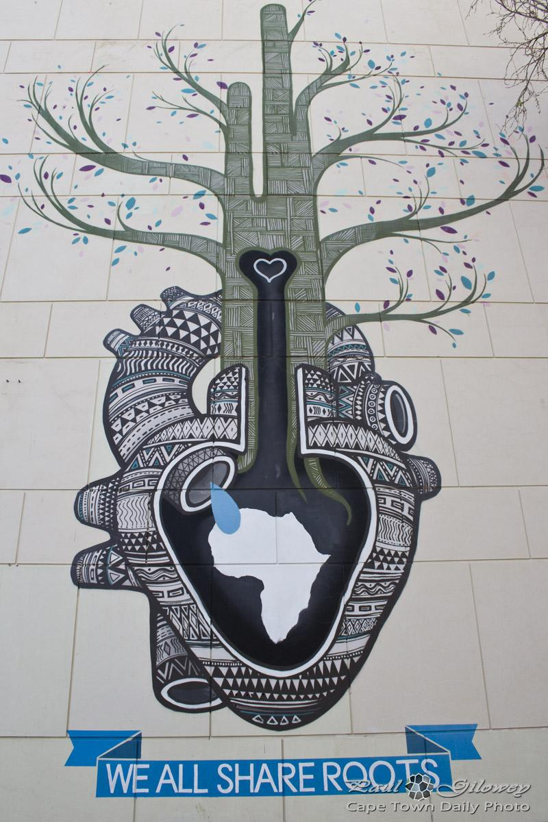 Visiting #CapeTown ? Make sure to check @BOAMISTURA #streetart ! http://t.co/cooM50AtGf http://t.co/kIGuUXqSSY