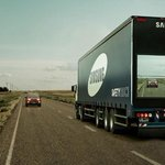 Samsung attaches screen to semi-truck to show the road ahead http://t.co/N8NavW54n6