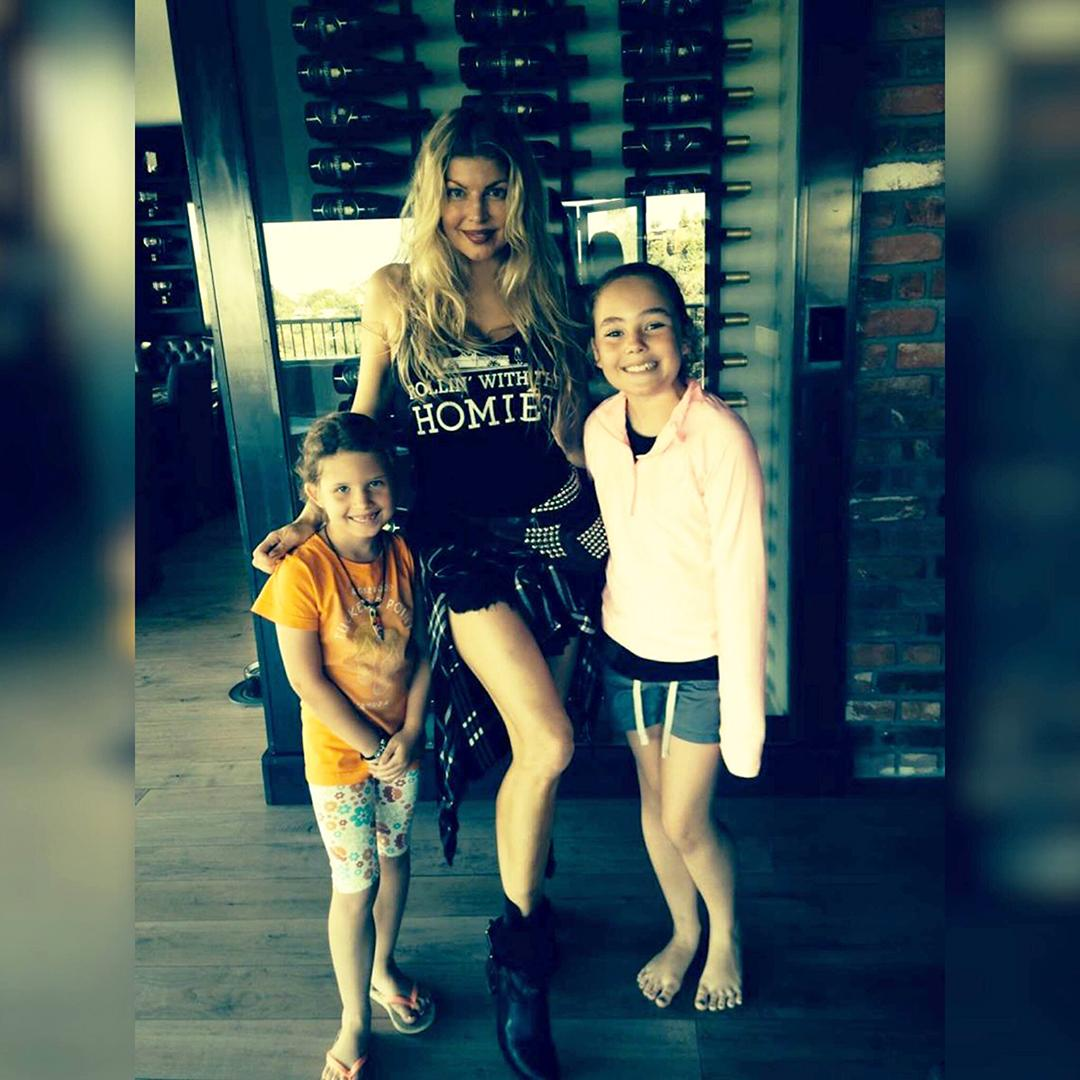 RT @FergusonCrest: ????@Fergie #rollinwiththehomies spending #qualitytime at the #FergusonCrest Solvang #familyhome. http://t.co/xcE0X8phhT ht…
