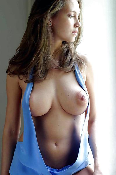 Молодые красивые с большой грудью голые фото
