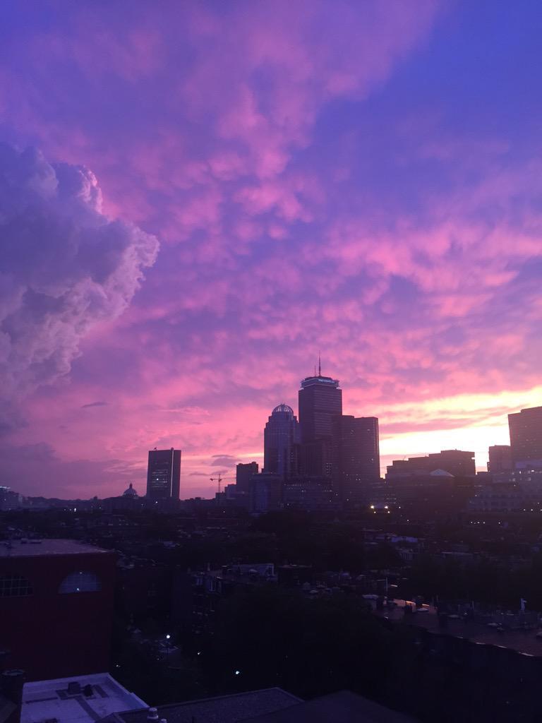 Purple sunset over #boston tonight. http://t.co/iksdGmbqsO