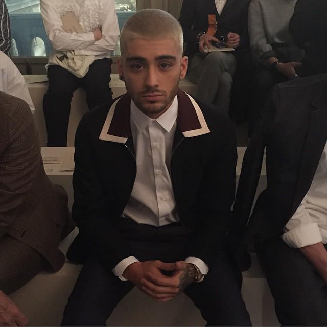 Front row ready Zayn Malik. Live streaming now on http://t.co/TLqezSkskz #linkinbio http://t.co/BOfAHgSghe http://t.co/BEgnzYMT0L