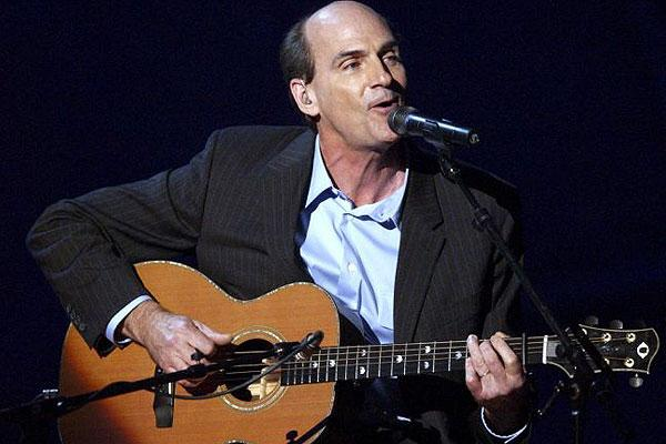 Congrats to @JamesTaylor_com on his first-ever No. 1 album on the @billboard top 200! http://t.co/IoIfEFaaBj