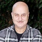RT @ly57love: When @AnupamPkher smartly 'silenced' his follower on Twitter http://t.co/wRJ6HP4lcs http://t.co/0Oi2aoDiMM