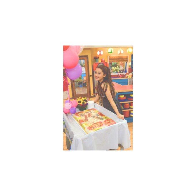 Ariana Grande Happy Birthday \\