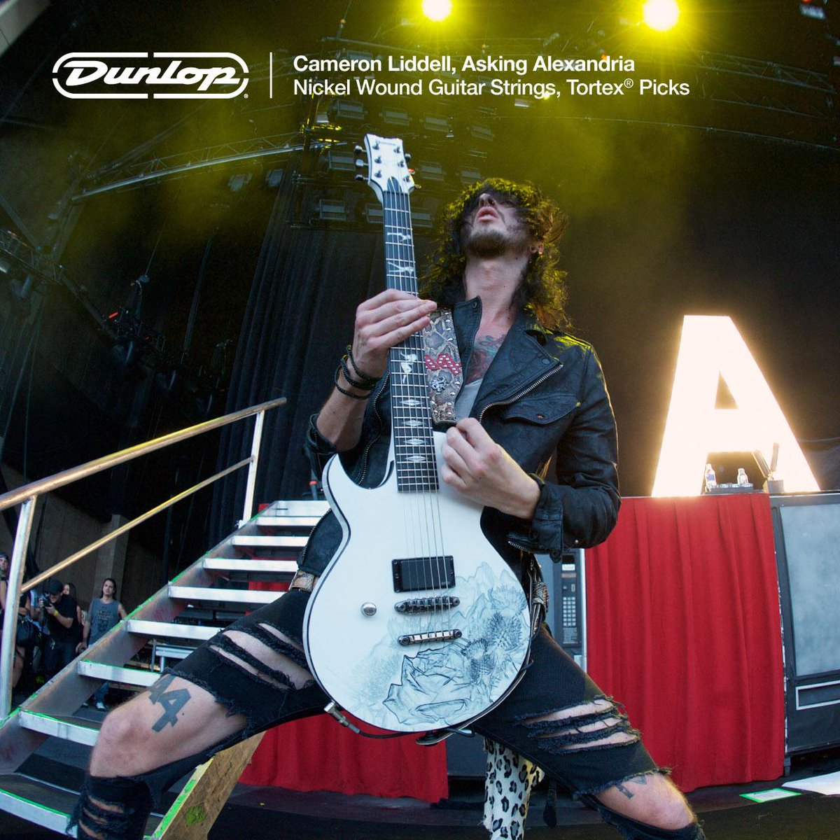 .@aaofficial's @cameronliddell for #DunlopStrings & #Tortex #guitar #picks. Catch them on the @VansWarpedTour now! http://t.co/UeGWbYeKQV