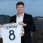 OFFICIEL ! Steven Gerrard présenté à la presse avec LA Galaxy ! http://t.co/P1BHQSWw60