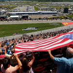 #NASCARsalutes! Los fanaticos de NASCAR muestran sus colores  🏁🇺🇸 http://t.co/REAT6J1Knk http://t.co/B7O9fjhydc http://t.co/7Ryg3kJ06Q