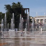 Its a #heatwave in #Switzerland at 38°C - the Place des Nations fountains @UNGeneva are a good place to cool down! http://t.co/EX24TnkkqS
