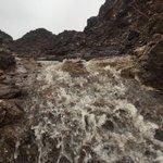 أمطار غزيرة جداًمع جريان الشعاب في ولاية دماءوالطائيين الان درجةالحرارة20 @WeatherOmanya @k_k_jahwari @7albrashdi http://t.co/ryVCguSE10