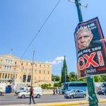 Nein Anhänger haben #Schäuble jetzt vor das Parlament in #Athen gehängt. @Bild #Griechenland #Grexit http://t.co/mwqqFTZoEV