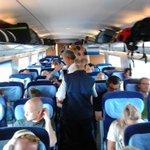 @RN_DORTMUND Rappelvoller Zug, 40min verspätet: Außentemperatur steigt, Klimaanlage malocht aber vorbildlich #dohitze http://t.co/hTOXA2o0t3
