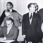 Greek finance minister signing 50% debt relief for Germany in 1954 http://t.co/lrqvob18vZ