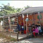Estudiarían sus hijos aquí Sr. @EPN ? Escuela de la comunidad de Santa Elena de la Villa, Mpio. San Marcos, #Guerrero http://t.co/2cYQGemsCo