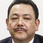 #Lade8: Miguel Ángel Mancera solicitó la renuncia de su gabinete. Ellos son los que se van: http://t.co/seW50EAQ3F http://t.co/PYZulH98CA