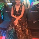 RT @filmfare: Woohoo!  @shrutihaasan in the house! Isn't she looking absolutely gorgeous!? http://t.co/fR1yjicok5