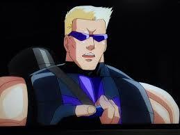 ディスクウォーズ:アベンジャーズのホークアイとアルティメット・スパイダーマンのホークアイ