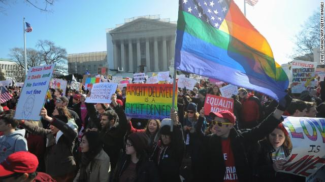 NASW applauds #SCOTUS decision legalizing same-sex marriage in all 50 states. Statement later today. http://t.co/OfUJt90xIs