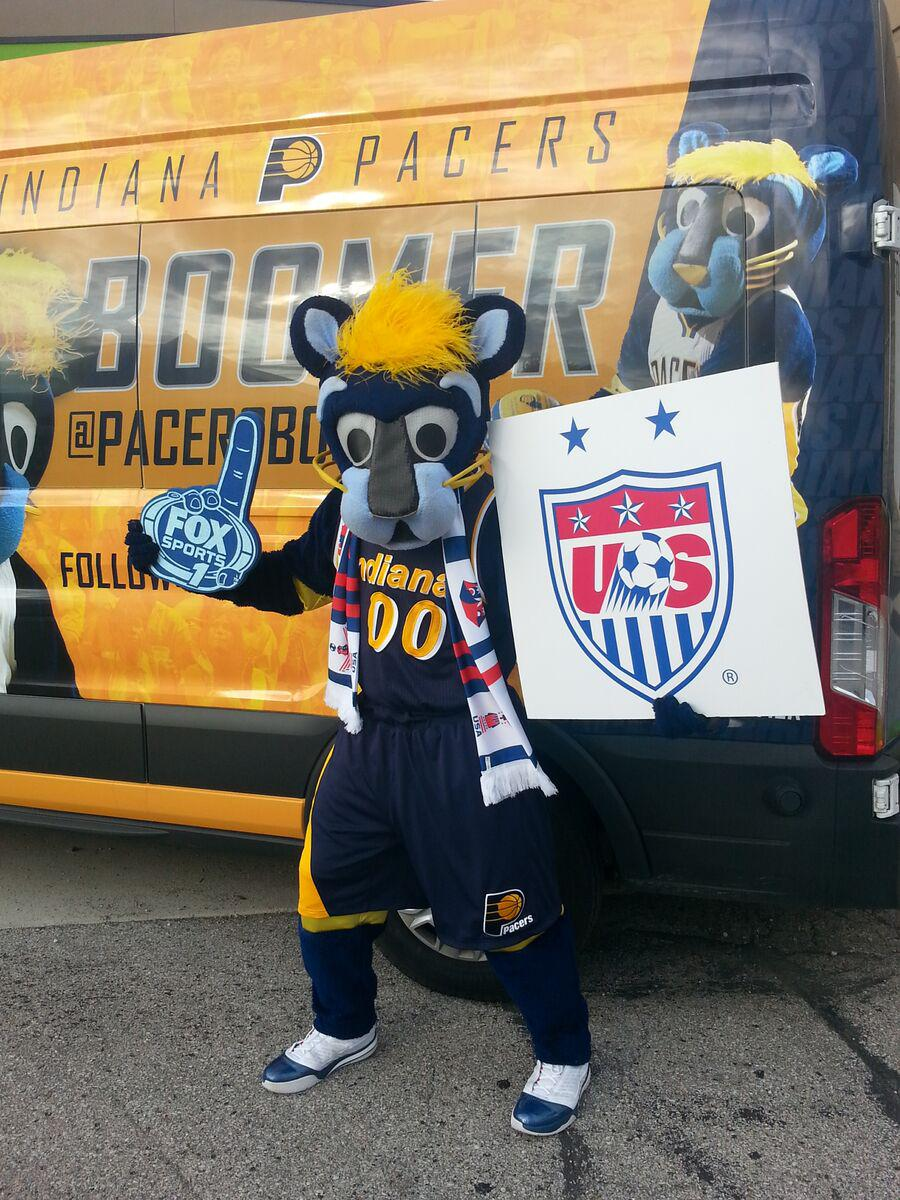 From all of us at the @Pacers, good luck to the @USSoccer_WNT! Beat China! #FWWCONFOX @FOXSportsLive http://t.co/duH9Pd9zBT