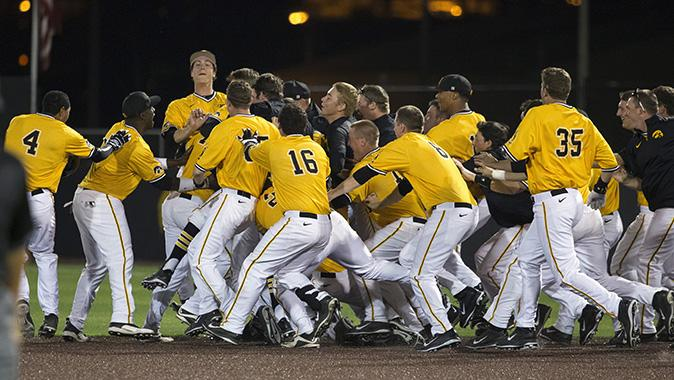 Iowa Baseball (@UIBaseball): The #Hawkeyes are 25th in final @BaseballAmerica rankings... 1st time in final poll in school history. #Until http://t.co/CWaoSWfQ8o