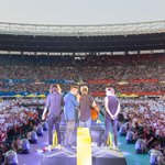 """@onedirection: Danke to all of you! © One Direction/Calvin Aurand http://t.co/DncWUQvvkf""wow amazing"