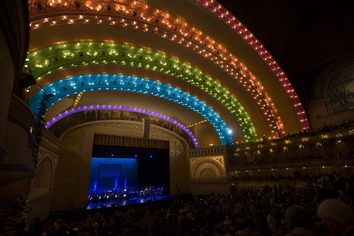 #LoveWins #ChicagoPride ❤️️ #MarriageEquality http://t.co/VVRMYujPSS