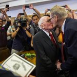 RT @Davidnash71: First gay couple to be married in Dallas Texas, George Harris 82 and Jack Evans 85. Together for 54 years #LoveWins http:/…