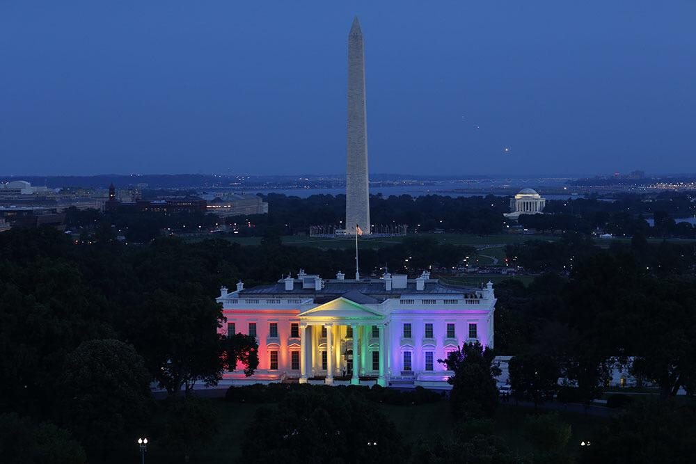 There will be cool photos of the White House w rainbow colors tonight but hard to top this one by Chuck Kennedy. http://t.co/dnoWIeymRr